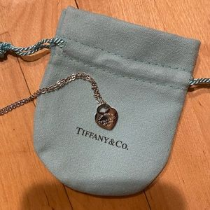 Tiffany Heart Necklace Silver EUC